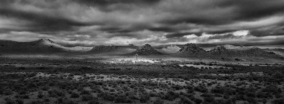 18. Dolerite landscape, Fraserburg, Great Karoo – Northern Cape – 325 grams fiber fine art giclee archival print – 1/10