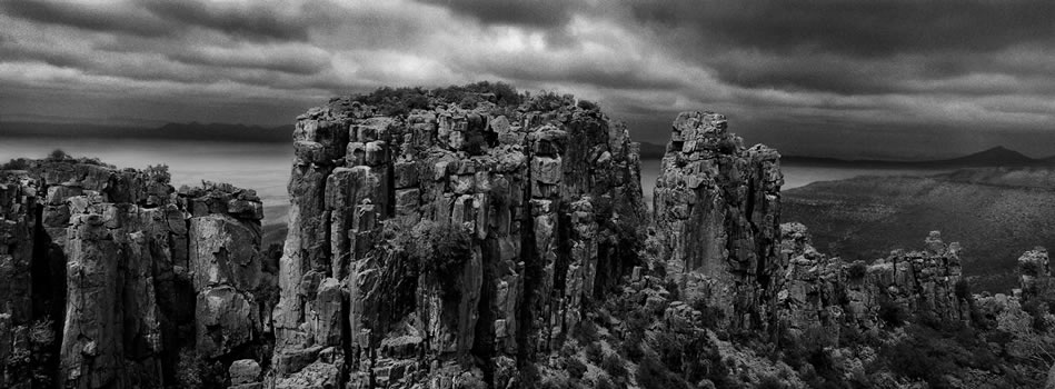 6. Valley of Desolation, Graff-Reinet, Karoo - Eastern Cape – 325 grams fiber fine art giclee archival print – 1/10
